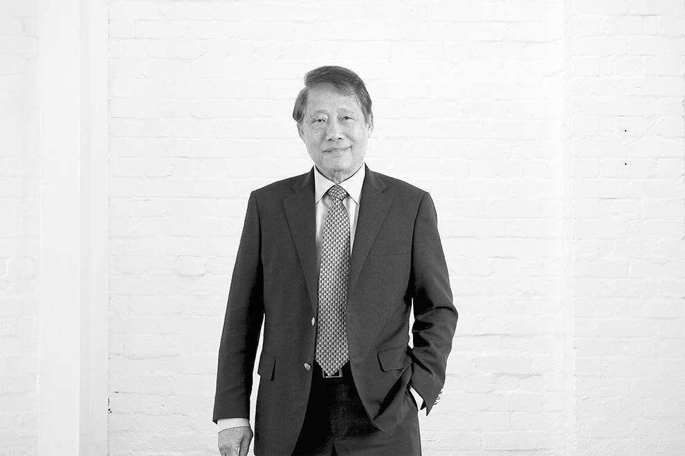 Robert Yong